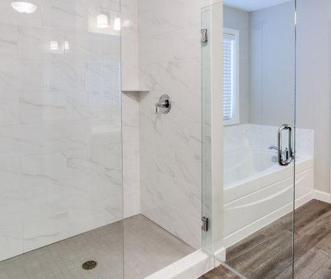 12_Master_Bathroom-914-1000-600-80