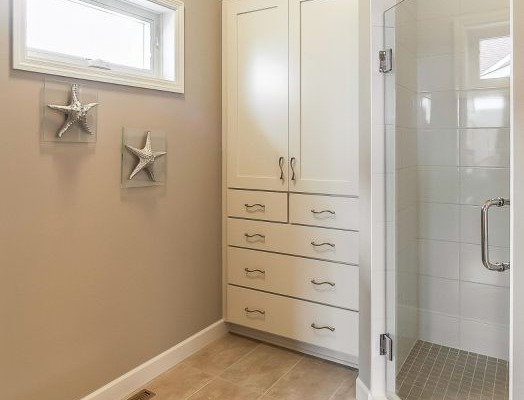 13_Master_Bathroom-29-1000-600-80