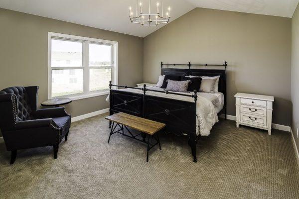 13_Master_Bedroom-767-1000-600-80