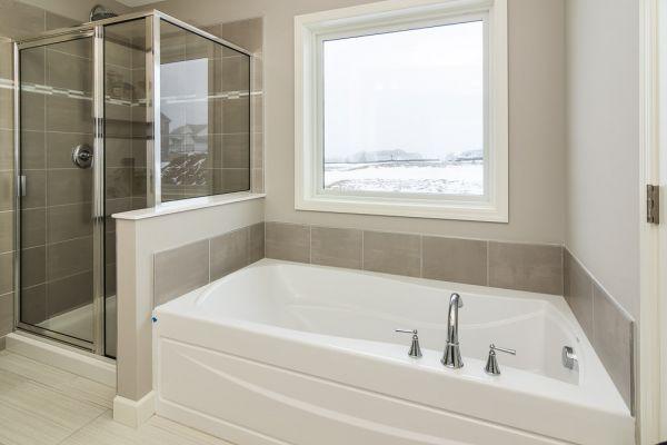 14 Master Bathroom