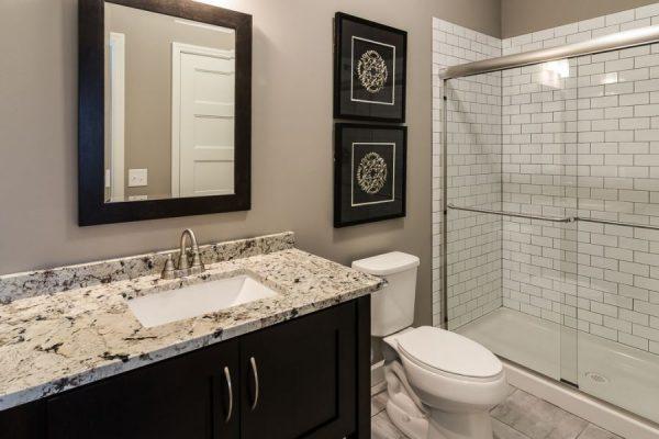 14_Bathroom-577-1000-600-80