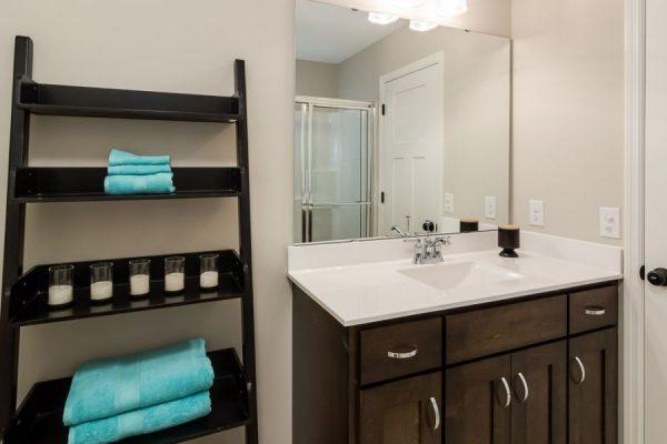 14_Bathroom-916-1000-600-80