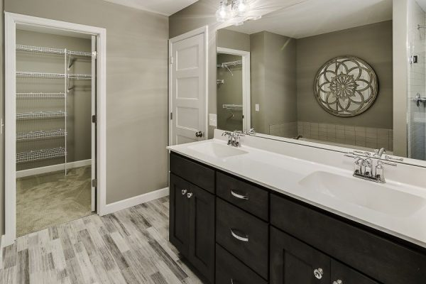 15_Master_Bathroom-769-1000-600-80