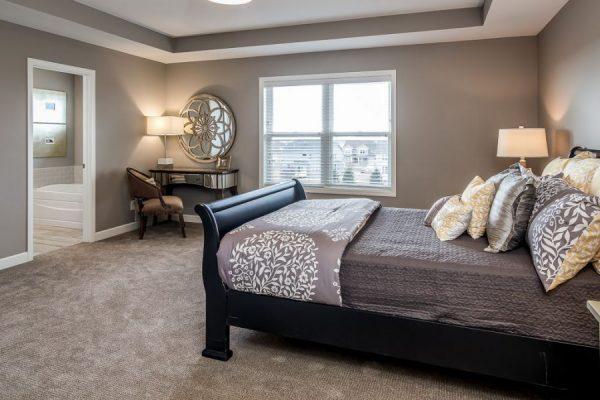 15_Master_Bedroom-578-1000-600-80
