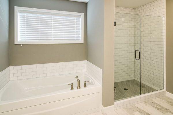 16_Master_Bathroom-1037-1000-600-80
