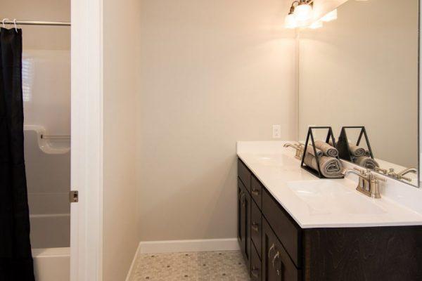 20_Bathroom-1041-1000-600-80
