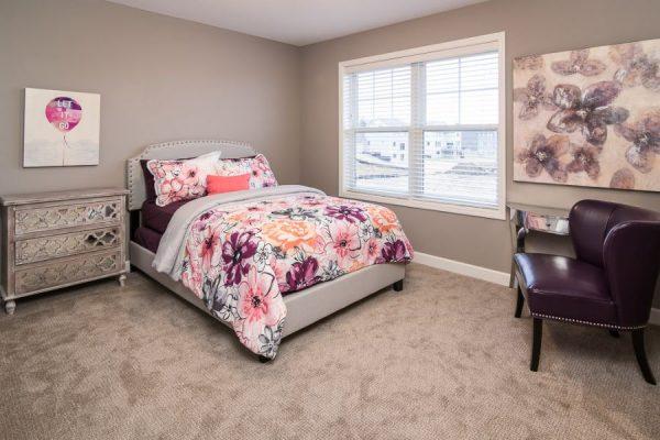 22_Bedroom-586-1000-600-80