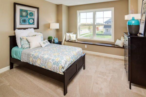 22_Bedroom-710-1000-600-80