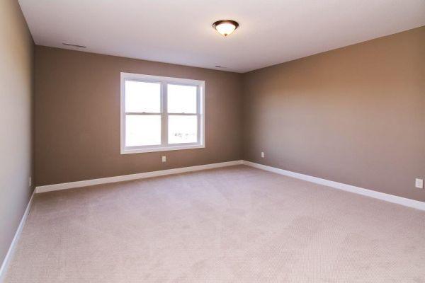 24 Walkout Level Bedroom