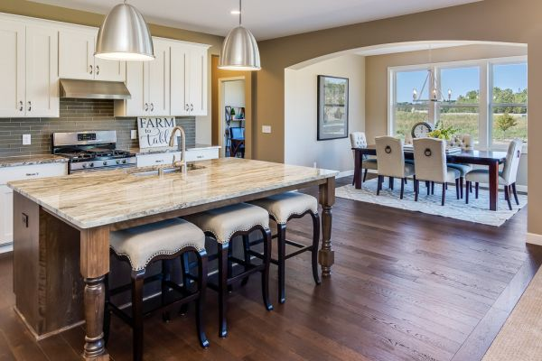 11 Kitchen and Dining