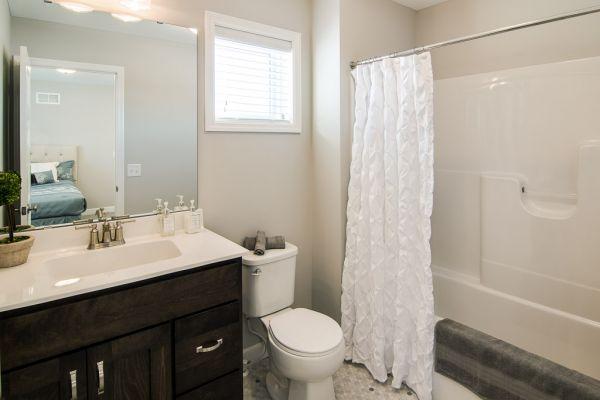 18 Private Bathroom