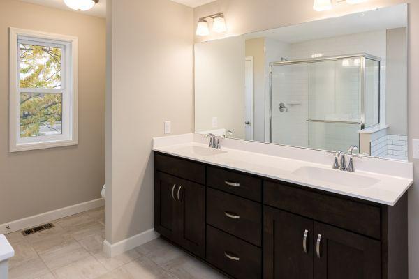 13 Owners Bathroom