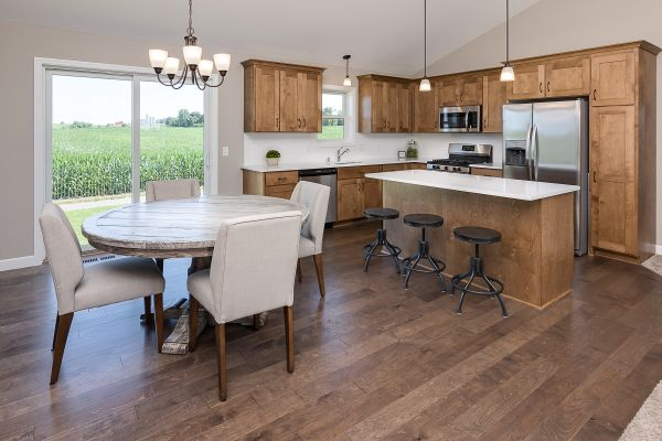 4 Dining and Kitchen
