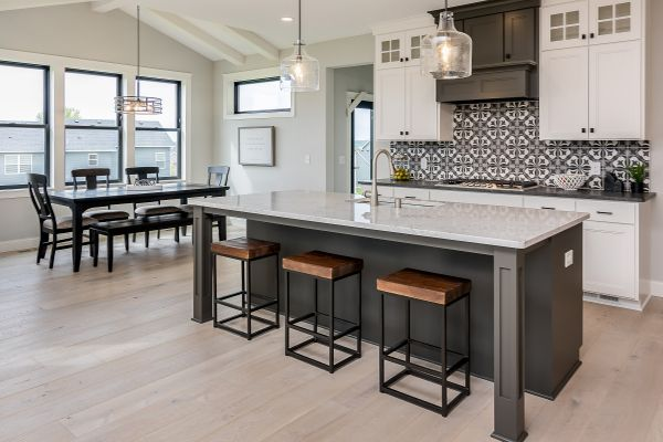 7 Kitchen and Informal Dining