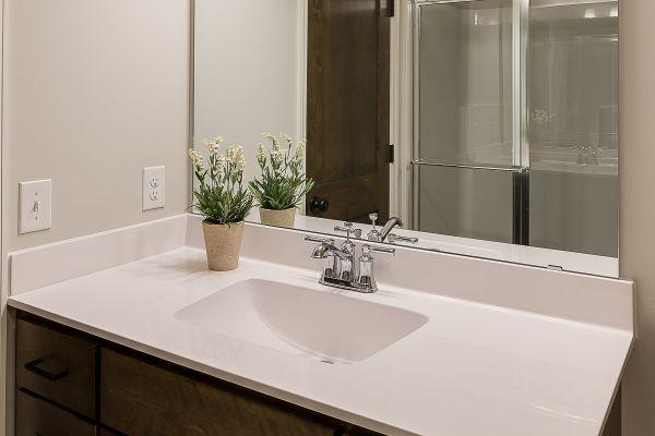 28 Private Bathroom