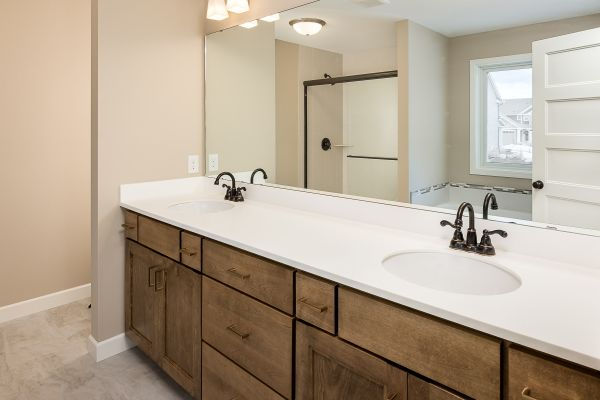 20 Master Bathroom